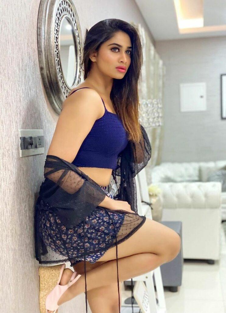 Shivani Narayanan Hot Pics | Gulte - Latest Andhra Pradesh, Telangana  Political and Movie News, Movie Reviews, Analysis, Photos