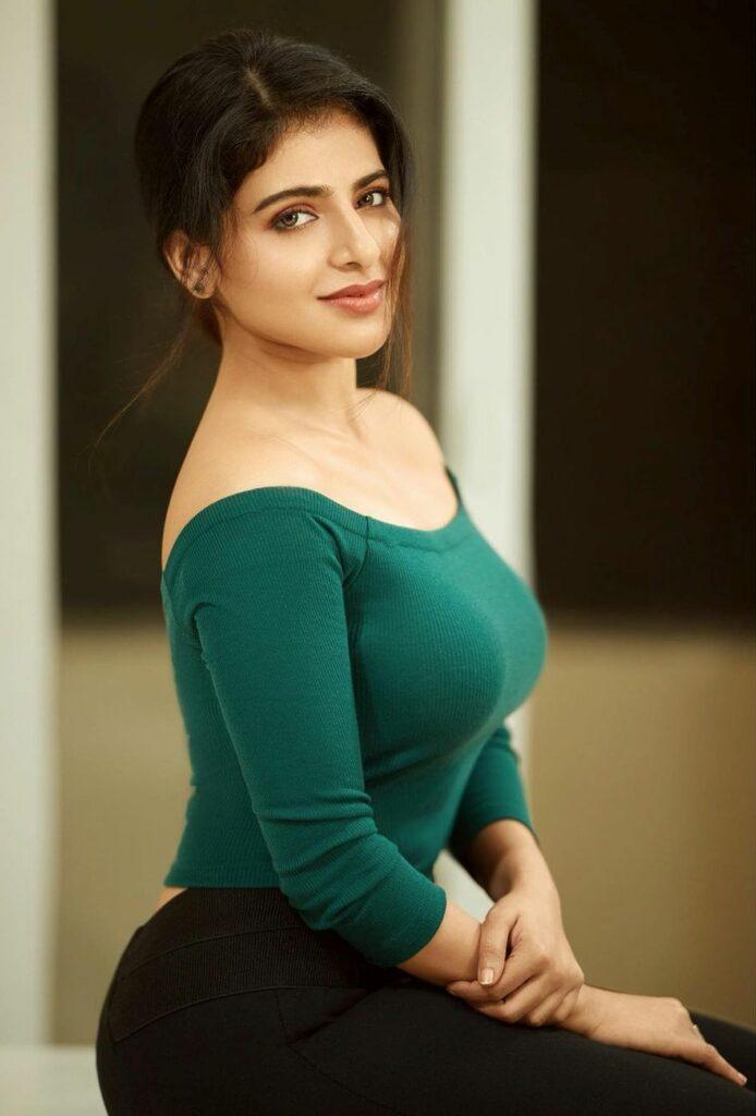 Pics: Iswarya Menon Looks Cute And Hot
