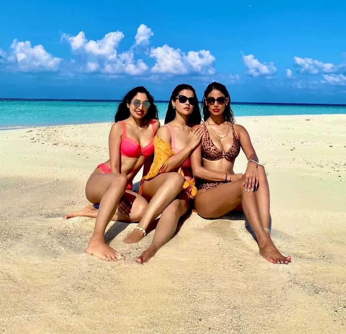 Maldives Luxury Guide