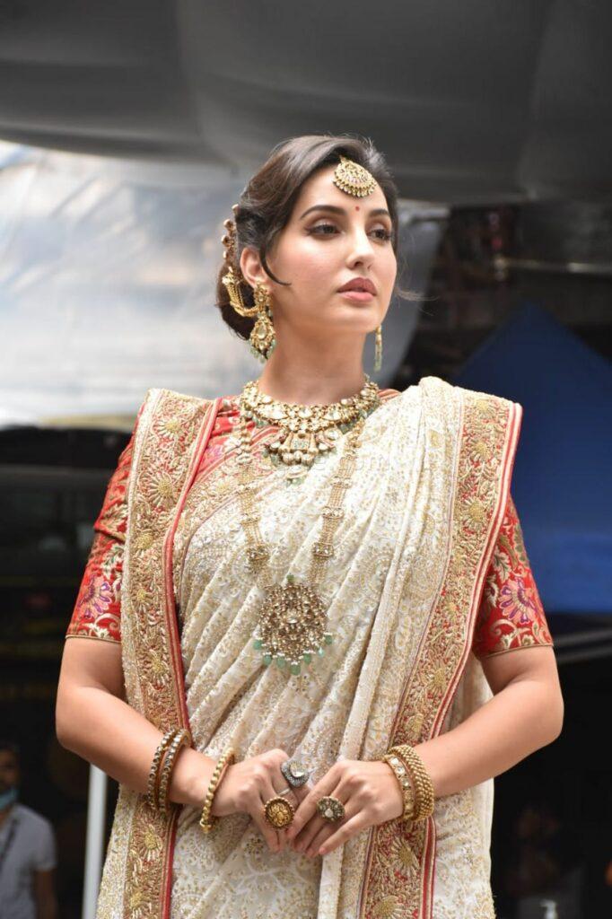 Nora Fatehi's Exquisite Saree Look On The Sets Of 'dance Deewane 3' -