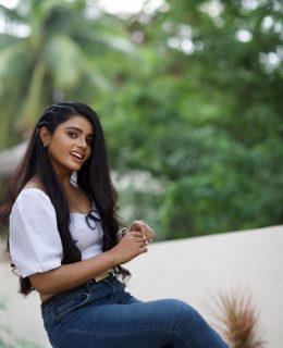 Sumaya Reddy Is A Natural Beauty In These Pics