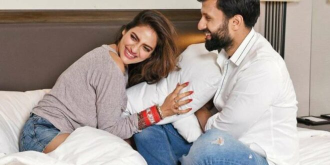 Bengali actress and MP Nusrat welcomes baby boy! – Gulte