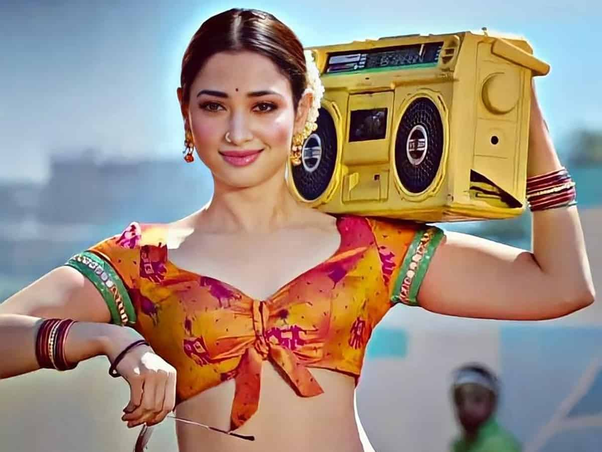 Tamanna Gives Time To Both, Proves Her Professionalism